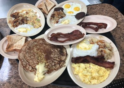 Pappa Yolks Grill is Houston's Best Breakfast and lunch 5:00 AM - 3:00 PM